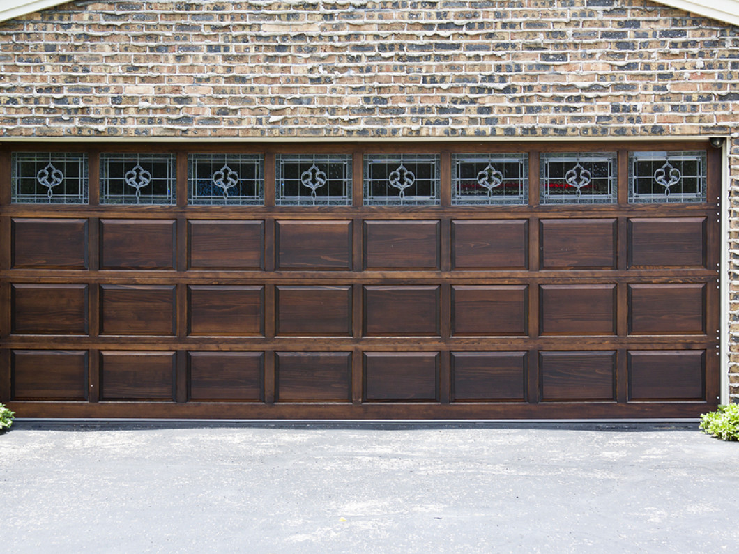 Residential garage door installation moreno valley riverside looking to spruce up your homes exterior consider a new face for your garage rubansaba